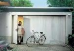 garagedeur met loopdeur