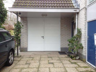 Openslaande garagedeurdeur NT60-2 voor meer ruimte en gemak